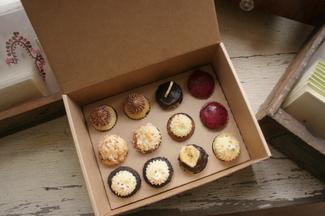 Canon_group2_cupcakes